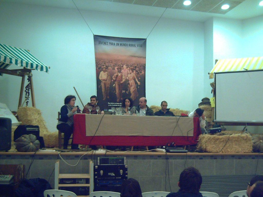 IIencuentro jovenes mesa instituciones